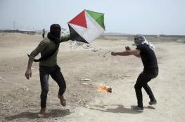 وزير إسرائيلي يدعو لاستهداف مطلقي الطائرات الورقية الحارقة