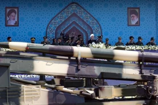 إيران تنفي قبول المفاوضة على برنامجها الصاروخي