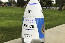 شاهد.. أول شرطي روبوت في أمريكا يمارس مهامه
