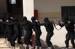 أجهزة أمن السلطة تعتقل جامعياً وتستدعي آخر