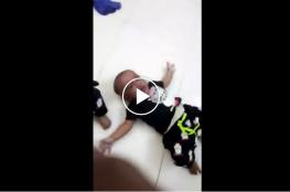 """""""شاهد"""" امرأة في السعودية تتجرد من مشاعر الأمومة وتخنق ابنتها الرضيعة وتعذب أطفالها"""