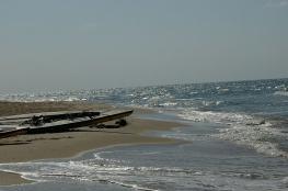 العثور على جثة شخص مجهولة الهوية قبال ميناء دير البلح