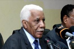 """وزير الإعلام السوداني يعتذر للبرلمان عن تصريحاته بشأن قناة """"الجزيرة"""" وسد """"النهضة"""""""