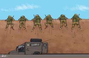 كاريكاتير علاء اللقطة - جنود الاحتلال على حدود قطاع غزة