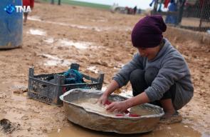 جانب من معاناة النازحين في أحد مخيمات اللجوء في ريف #حلب الشمالي