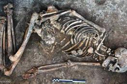 عظام امرأة دفنت قبل 4500 عام تحير العلماء