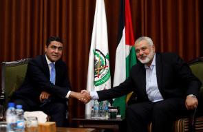 هنية يلتقي وفدا مصريا رفيع المستوى بغزة