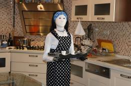 """روبوت """"أضا"""" رجل آلي يساعد ربات البيوت على إعداد الطعام"""