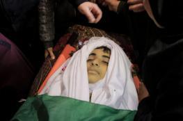 جماهير غزة تُشيّع جثماني شهيدين ارتقيا في مسيرات العودة