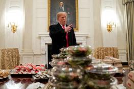 """ترامب يتحمل نفقات الضيافة على حسابه الخاص ويقدم لضيوفه """"وجبات سريعة"""""""