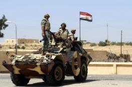 """مقتل 6 جنود مصريين و24 """"مسلحا"""" باشتباكات في سيناء"""