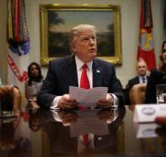 1037469-الرئيس-الأمريكى-دونالد-ترامب-يتحدث-لوسائل-الإعلام-فى-البيت-الأبيض