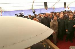 الجيش الإيراني يعرض معدات عسكرية تصنع لأول مرة في العالم