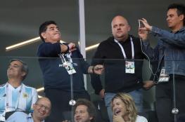 مارادونا ينتقد أداء الأرجنتين بالمونديال ويرفض الإساءة لميسي