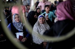 معاناة المسافرين الفلسطينين على معبر رفح الحدودي