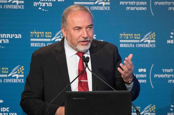 ليبرمان: لم ننتصر في اي حرب منذ 67 .. وعباس يحاول جر حماس إلى حرب
