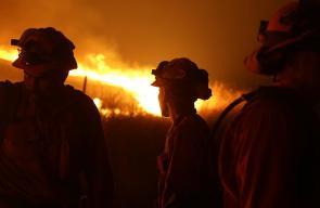 اندلاع حرائق في كاليفورنيا عقب زلزال قوي بلغت شدته 7.1 درجة