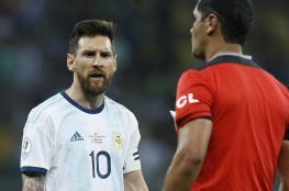 """ميسي يهاجم حكم مباراة البرازيل في """"كوبا أمريكا"""" بعد خسارة الأرجنتين"""