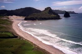 اكتشاف عجيبة الدنيا الثامنة في نيوزيلندا