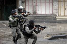 إصابة شاب برصاص الاحتلال وسط مدينة الخليل