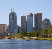 1200px-Melbourne_yarra_afternoon
