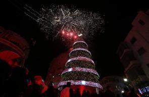 إضاءة شجرة عيد الميلاد برام الله