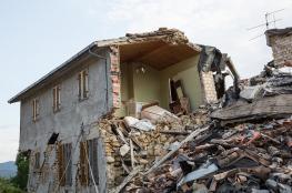 قتيلان ونحو 25 جريحًا جرّاء هزة أرضية جنوب غربي إيطاليا
