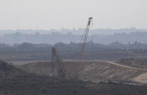 جيش الاحتلال يواصل بناء الجدار على حدود غزة، لمواجهة أنفاق المقاومة الفلسطينية