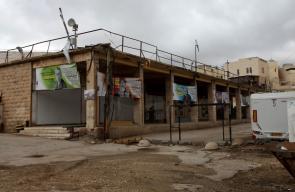 سوق الخضار المركزي في البلدة القديمة وسط الخليل الذي قرر الاحتلال بناء حي استيطاني فيه