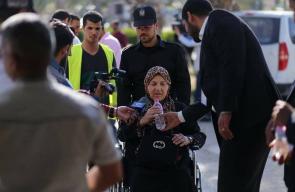 استمرار عودة العالقين في الجانب المصري ودخول 3 حافلات عبر معبر رفح