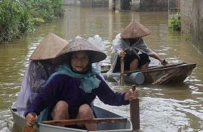 ارتفاع عدد ضحايا فياضانات فيتنام مؤخرا إلى 72 قتيلا