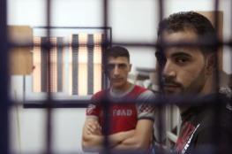 إصابة ثلاثة أسرى بفيروس كورونا في مراكز تحقيق الاحتلال
