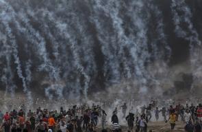 وابل القنابل اللذي القته قوات الاحتلال على المتظاهرين