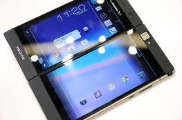 سامسونج تعمل على نموذج أولي لهاتف ثنائي الشاشة