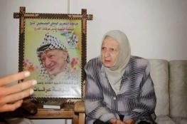 حماس تعزي ناصر القدوة بوفاة شقيقة عرفات