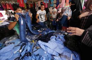 استعدادات الأهالي في غزة مع اقتراب موعد بداية العام الدراسي الجديد