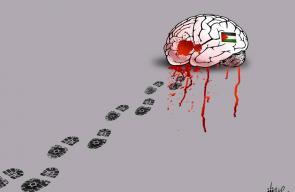 كاريكاتير علاء اللقطة يجسد جريمة اغتيال العالم الفلسطيني فادي البطش في ماليزيا
