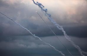 رشقات الصواريخ التي أطلقت اليوم من قطاع غزة ردًا على العدوان الإسرائيلي المتواصل