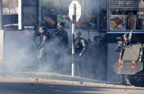 القدس والضفة تشتعلان.. 4 شهداء وعشرات الإصابات بمواجهات مع الاحتلال