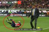 فيديو: مدرب يعرقل لاعب الخصم