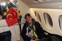 أوزيل يوجه رسالة مؤثرة لجماهير أرسنال بعد رحيله إلى الدوري التركي