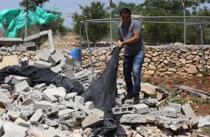 قوات الاحتلال تهدم 3 غرف زراعية غرب الخليل
