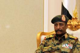 البرهان يبحث مع وفد أمريكي في الإمارات رفع اسم السودان من قائمة الإرهاب