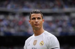 رونالدو الأعلى دخلاً بين الرياضين في العالم .. فكم يتقاضى سنوياً ؟