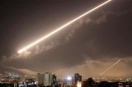 """مرصد: """"إسرائيل"""" استهدفت مواقع لحزب الله وجماعات إيرانية بدمشق"""
