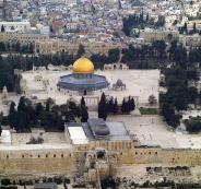 Despite-being-in-the-heart-of-the-Muslim-world-Jerusalem-was-vulnerable-to-the-Crusaders.-Disunity-was-king-in-the-Middle-East-among-Muslim-governors-and-generals.