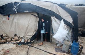 أطفال خربة سوسيا جنوب الخليل يستعدون للذهاب للمدرسة وسط ظروف معيشية صعبة