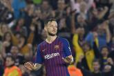 الكرواتي راكيتيتش ينفي رحيله عن برشلونة الإسباني