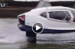 """شاهد  """"تاكسي"""" تسير وتطير فوق الماء"""
