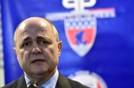 تحقيق مع وزير الداخلية الفرنسي على خلفية توظيف ابنتيه